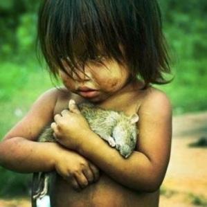 images_cute_girl_rescue_rat