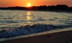 images_ocean_waves_sunset