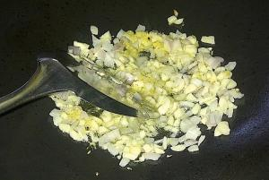 Saute garlic, onion & ginger