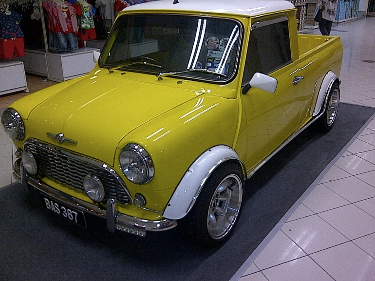 images_mini_cooper_pickup_frontview