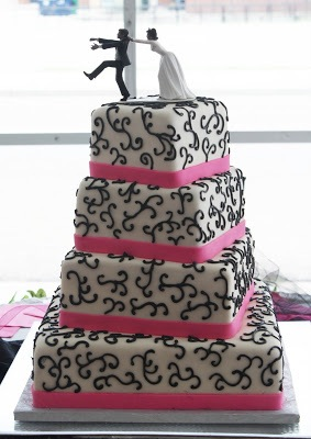 images_four-tier_wedding_cake