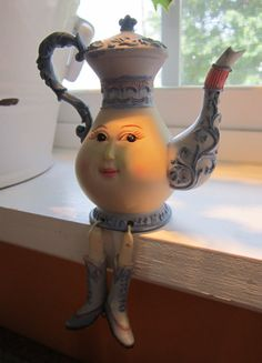 humpty-dumpty-teapot