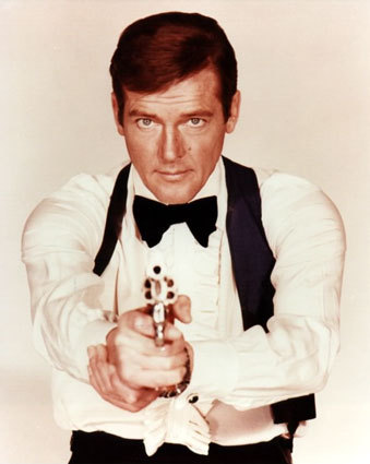 Roger-Moore-James-Bond