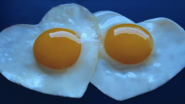 egg-art-love