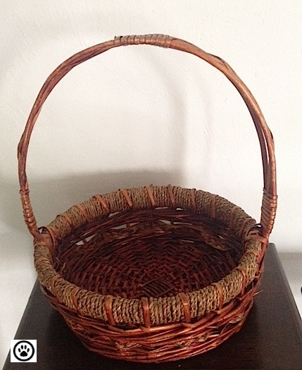 brown basket.jpg