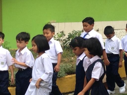 schoolt tour