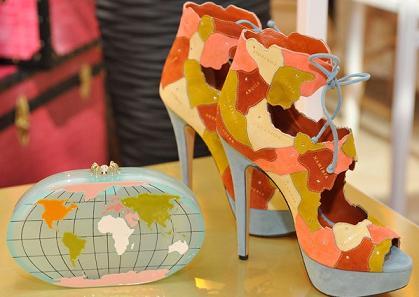 heel the world
