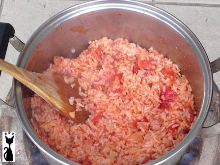 stir-the-rice.jpg